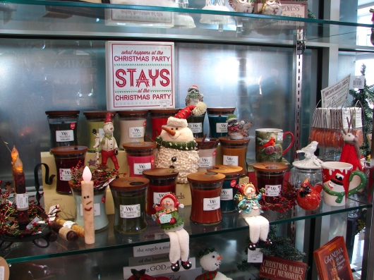 Arnot Gift Shop Holiday Season